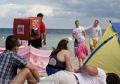 Sprzedawca pizzy na plaży